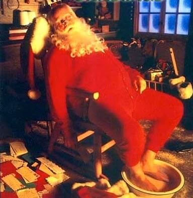 tired_santa_claus_after_christmas