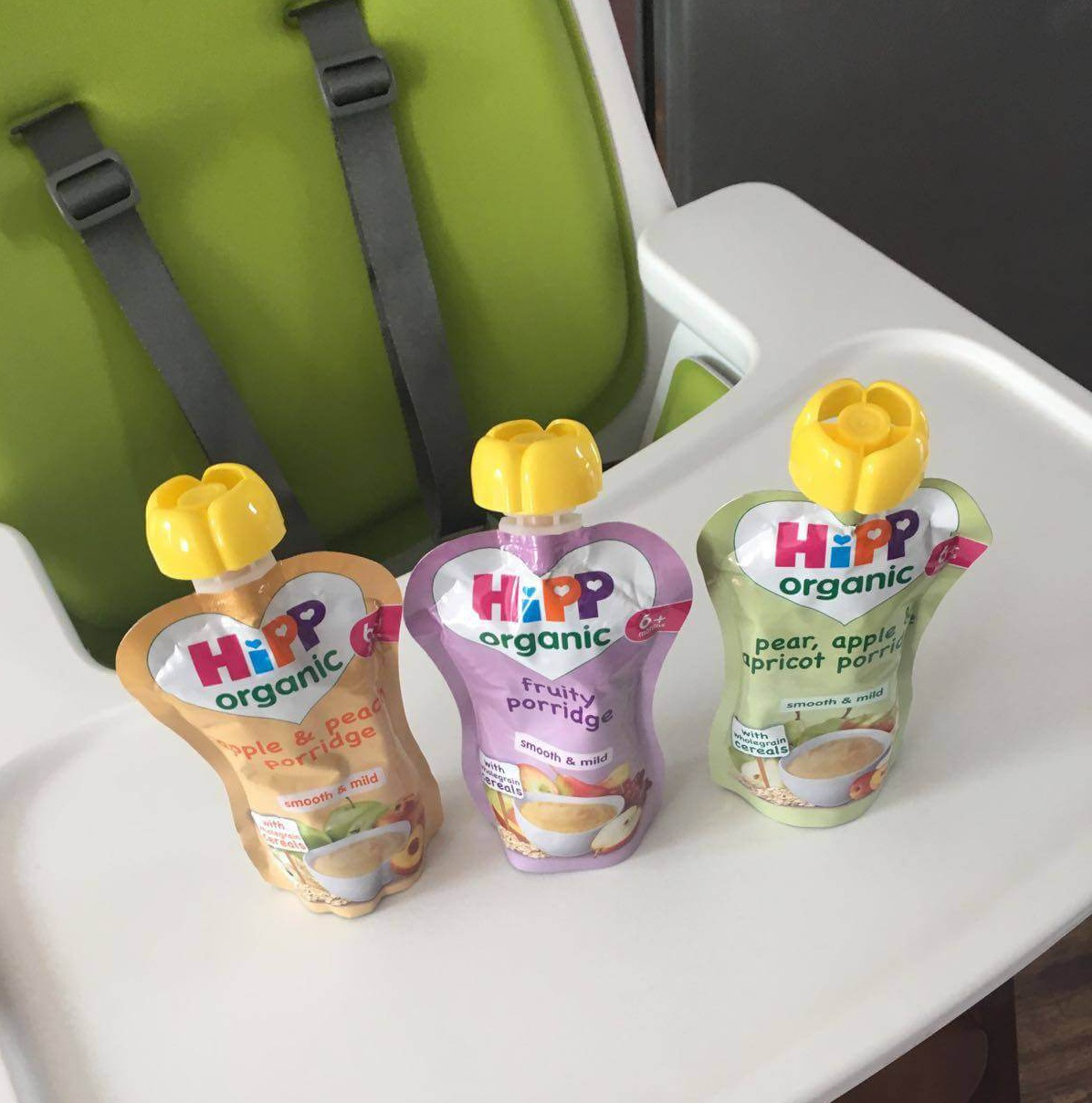 Review & Giveaway — HiPP Organic Porridge Pouches